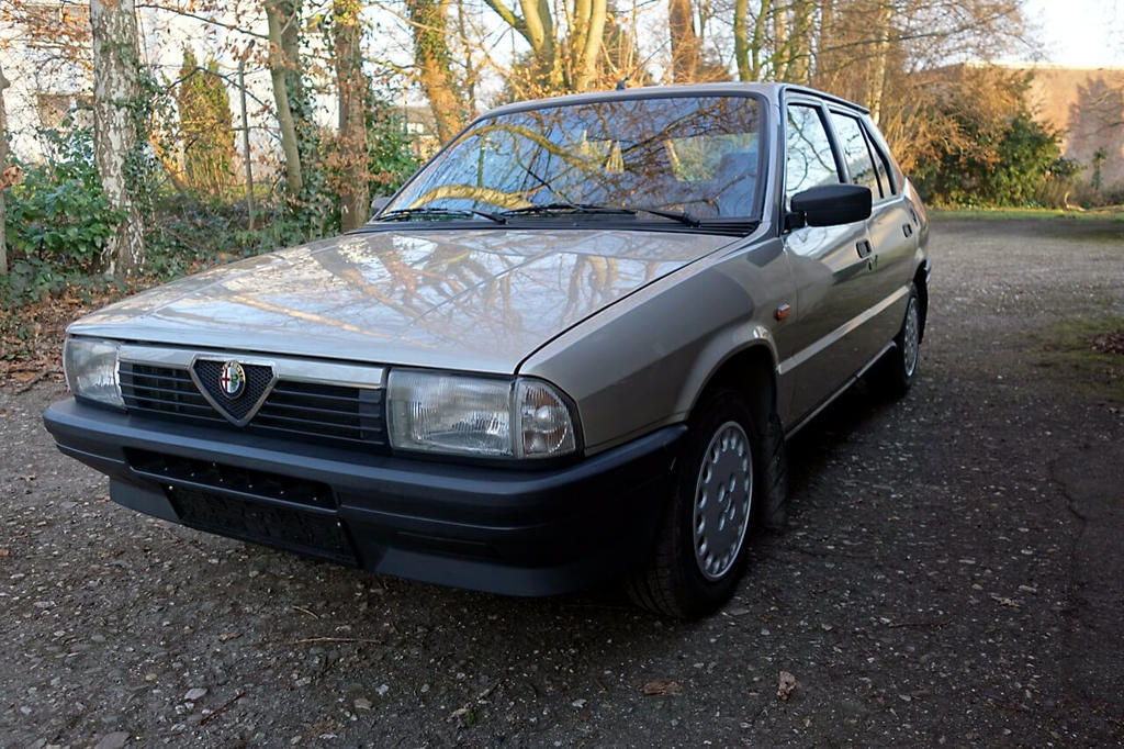 Wagner Classics Youngtimer Oldtimer Automobile - Alfa Romeo 33