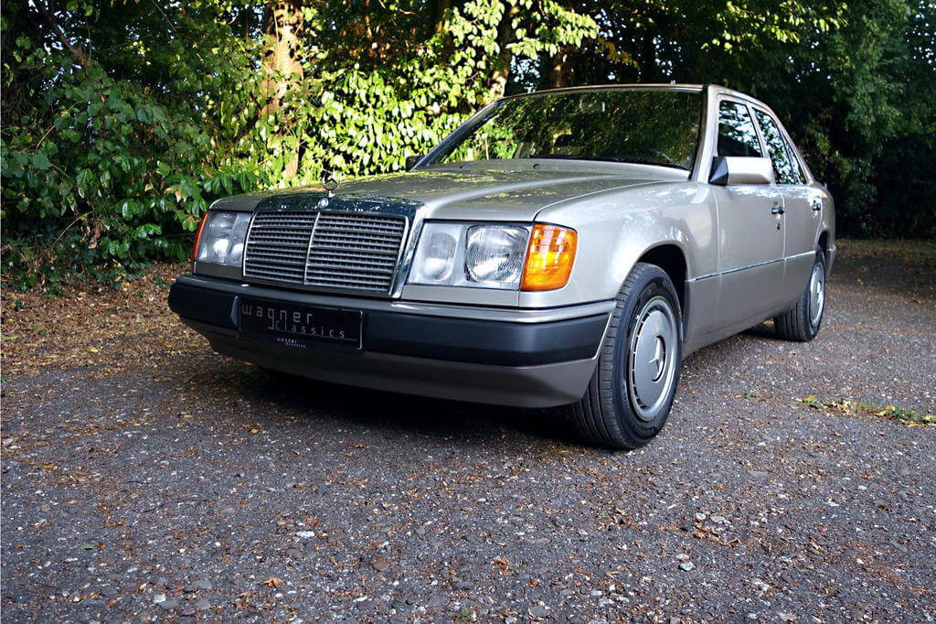 Wagner Classics Youngtimer Oldtimer Automobile - Mercedes Benz E200 W124
